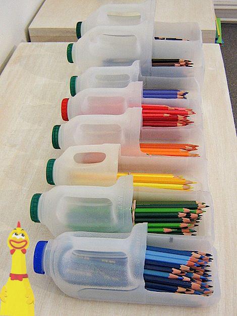 Hộp đựng nhiều loại bút chì