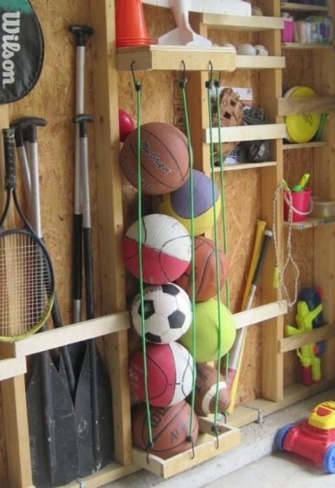 Góc chứa dụng cụ thể thao