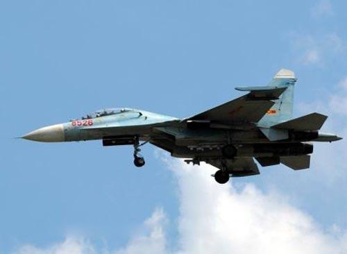 Su-27SK là biến thể Su-27S xuất khẩu, về cơ bản ngoại hình của 2 biến thể này không có sự khác biệt, chủ yếu chỉ ở hệ thống điện tử rất khó nhận ra nếu nhìn từ bên ngoài. Su-27UBK là biến thể xuất khẩu của Su-27UB, (hiện tại Không quân nhân dân Việt Nam có khoảng 4 chiếc loại này). Việc chuyển loại cho Su-27UBK thành Su-30MK cũng khá dễ dàng.