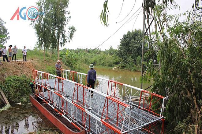 Cầu được hàn sẵn gần như hoàn thiện