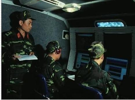 Nhằm nâng cao khả năng phát hiện và bám sát mục tiêu, kể cả máy bay tàng hình trong mọi điều kiện, gần đây, các đơn vị thuộc Cục Tác chiến điện tử, Bộ Tổng tham mưu đã được trang bị một số Tổ hợp trinh sát thụ động Vera-NG do Cộng Hòa Séc sản xuất.